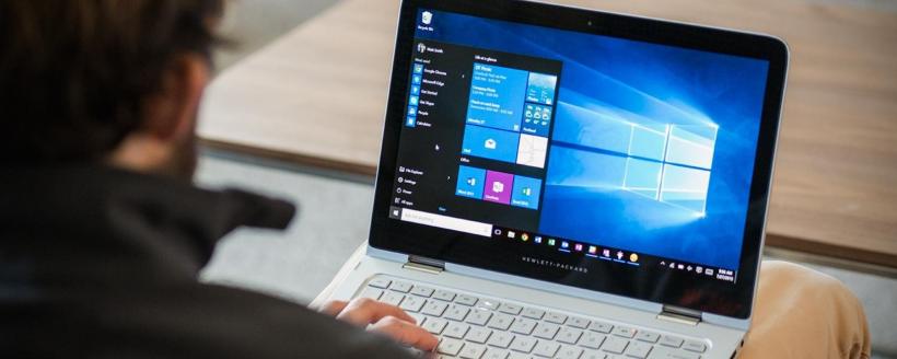 Чи потрібно відключати акумулятор від ноутбука при роботі вдома від мережі?
